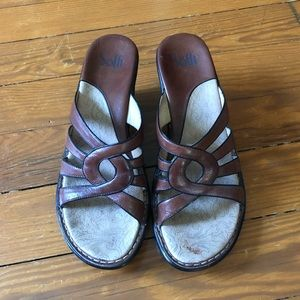 Sofft Brown Leather Sandals